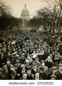 10000 unemployed Hunger Marchers to the jammed the streets near the Capitol on Jan 7.
