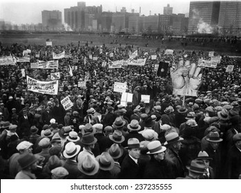 20000 unemployed demonstrate in Chicago's Grant Park Protest multiple signs, Oct. 31, 1932.
