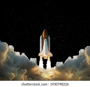 3D illustration,Launch of Space,Spaceship takes off into the night sky.Rocket starts into space concept.Elements of this image furnished by NASA
