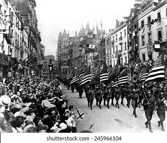 American Army troops parading in Perth, Scotland. WWI. 1918.
