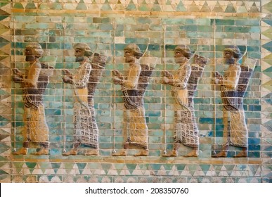 Ancient Persian Achaemenid soldiers from 500 BC illustration