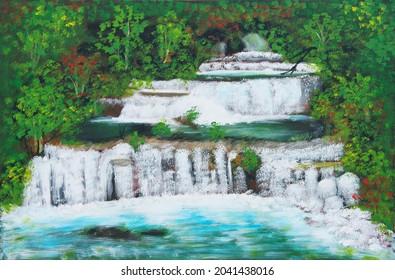 Belle cascade à plusieurs niveaux en Thaïlande appelée Cascades de Sai Yok, nichée dans la forêt au milieu des arbres