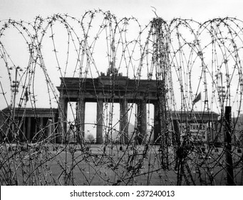 Berlin's Brandenburg Gate The barbed wire is on the Wester n side set up by Berlin''s British military command.
