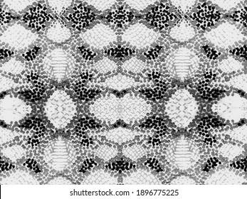 Black and White Watercolor Ethnic Design. Summer Rhombus Background. Snake Skin Random Texture. Vibrant Geometric Swimwear Pattern. Ethnic Seamless Pattern. Geo Symmetric Ikat Rapport.