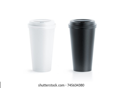 Blank black and white disposable paper cup with plastic lid mock up isolated, 20 oz, 3d rendering. Empty polystyrene coffee drinking mug mockup front view. Clear plain tea take away package