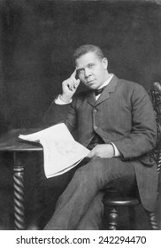 Booker T. Washington (1856-1915), African American educator and leader. Ca. 1900.