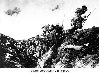 Canadian troops going, over the top, during training near St. Pol, France. WWI. October 1916.