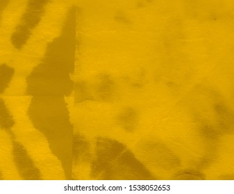 Desert Concept. Dirty Art Print. Burnt Smoky Effect. Hot Desert Concept. Yellow Coffee Brush Stroke Painting. Mustard Spicy Colors. Grunge Tie Dye Style. Watercolor Cotton Wallpaper.