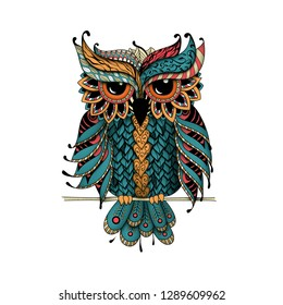 Dudling Owl in color. Zentangl and dudling style. Adult coloring books, meditative coloring. Drawing by hand.