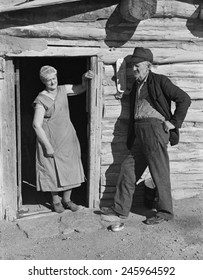 Elderly farmer couple on relief. Mr. and Mrs. O'Brien were drought victims in Williams County North Dakota. Oct. 1937.