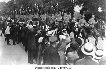 Garde-Kurassier Regiment in Berlin leaving for the front. The German heavy cavalry regiment was cheered in the streets of Berlin. WWI. August 1914.