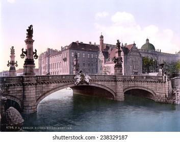 Germany, Emperor William's Bridge, Berlin, photochrom, ca 1900.