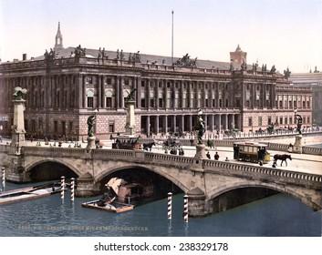 Germany, Frederick's Bridge and the Bourse, Berlin, photochrom, ca 1900.