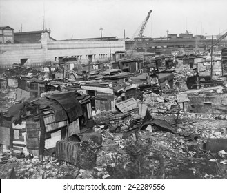 Great Depression Hooverville in lower Manhattan. 1932.
