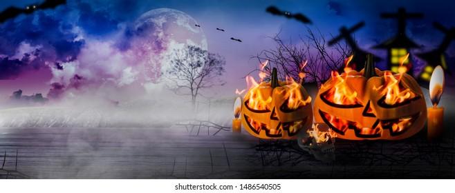 Nuit d'Halloween avec d'horribles citrouilles et des pierres tombales et squelettes effrayants, parquet en bois, lumière du jour avec un fond ciel, chauves-souris volantes, en-tête de bannière web, illustration 3d