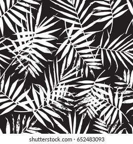 Hand drawn leaf seamless pattern. Abstract grunge texture background. Nature organic illustration. Black and white palm leaves pattern. Trendy background with palm texture.