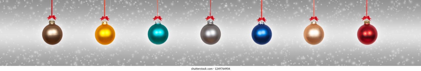 Hanging christmas baubles