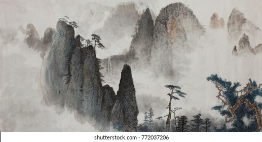 high mountains of pine and fog in the heavens