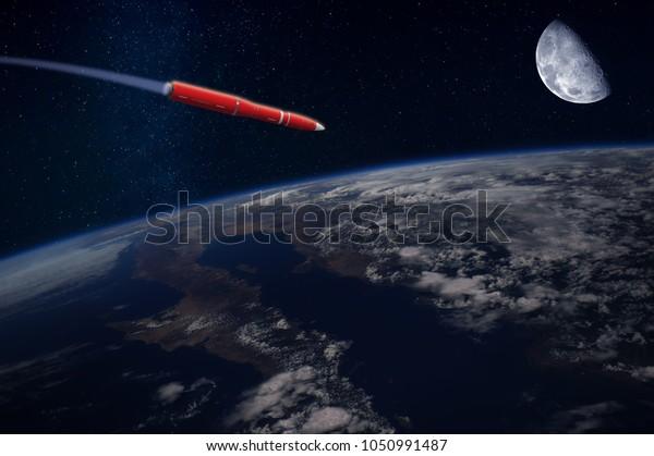 Hypersonische Rakete oder Rakete über der Erde. Blauer Mond am Himmel. Von der NASA bereitgestellte Elemente dieses Bildes