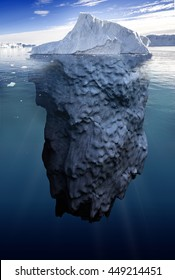 iceberg with underwater view taken in greenland, 3d illustration