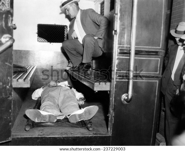 Image result for john dillinger gunned down 1934