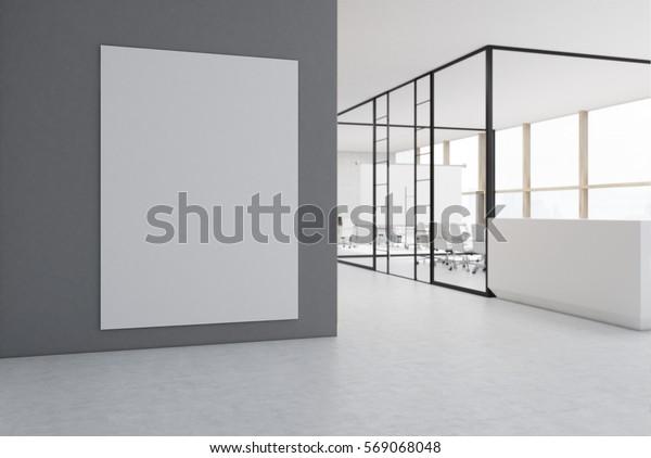 An einer grauen Wand hängt ein großes, vertikales Plakat in einem Büro mit Glaswänden und einer weißen Rezeption. 3D-Darstellung. Geh nach oben.