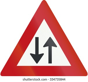 Netherlands road sign J29 - Two-way traffic.