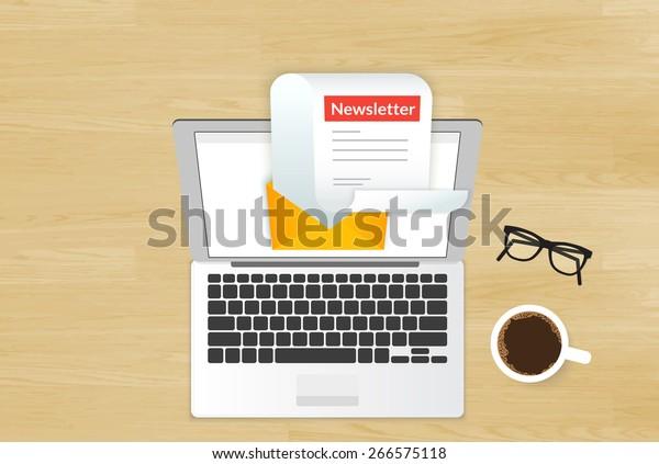 Ilustración del boletín de lectura de nuevo correo electrónico en la pantalla del portátil colocada sobre un fondo de madera realista. Vista superior de portada comercial entrega de boletines electrónicos y protección contra correo basura