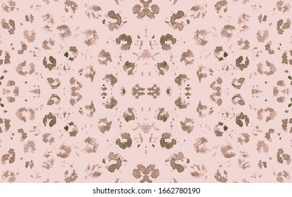 Nude Ocelot Imitation. Brown Retro Panther Fur Texture. Graphic Camouflage Fabric Design. Seamless Spotted Leo Ornament. Beige Ocelot Rapport. Trendy Panther Fur Pattern. Pink Ocelot Artwork.