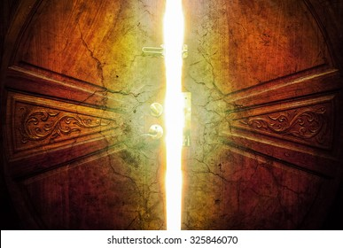 open door light crack vintage