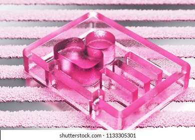 Pink Vcard Glass Icon on Metalllic Striped Background. 3D Illustration of Pink v Card, v Card, Vcard, Vcard File, Vcard File Icon Set With Stripe Metalllic Pattern.
