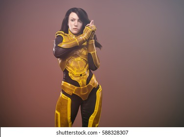 sci-fi warrior woman, dressed with futuristic suit yellow-black- 3d rendering