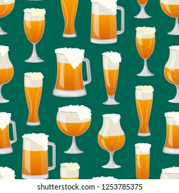Seamless pattern with different beer mugs on green background. Alcohol drink backdrop, beer glass with foam, bar or pub menu cover design. Glass pint tankards of frothy beer illustration.
