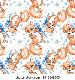 Seamless watercolor pattern with little cute fox drawn by hand, ideal for children's clothing, wallpaper