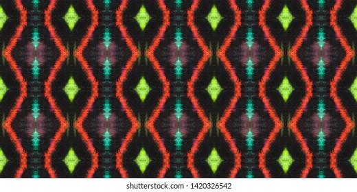 Seamless Zigzag Ikat Print. Tie Dye Style. Blue Geometric Texture. Watercolor Zigzag Ikat Pattern. Handdrawn Aquarelle Tile Design. Traditional Ethnic Zigzag Wallpaper.