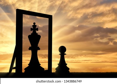 Silhouette of a pawn, sees himself in the reflection of the mirror queen. The concept of narcissism and ego