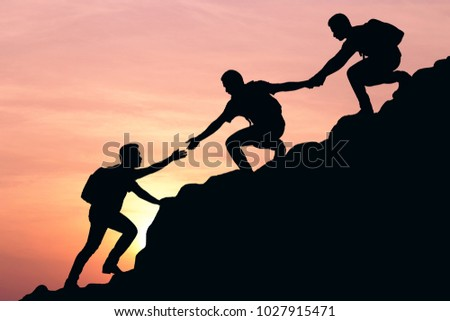 ESTELLE: Men helping each other out