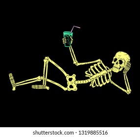 SKELETON WITH COCKTAIL
