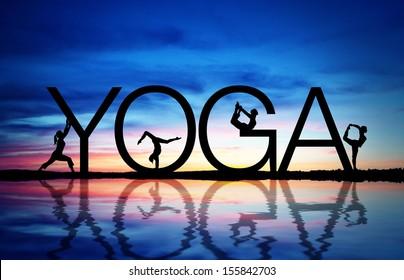 Yoga du coucher de soleil