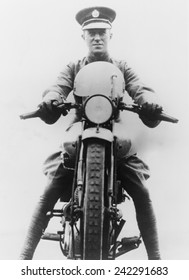 T. E. Lawrence (1888-1935) was an enthusiastic motorcyclist and died from injuries of a motorcycle accident in 1935.