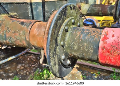 watercolor illustration: The rusty buffers of two old railway cars collide