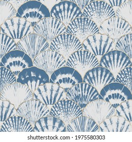 Watercolor sea shell japanese waves seamless pattern. Hand drawn seashells texture iocean background with gold line. Watercolour marine illustration. Print for wallpaper, fabric, textile, wrapping.