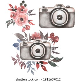 Watercolor Vintage  camera clip art with gray pink bouquet. Perfect for photography logo. Watercolor retro photo camera illustration.