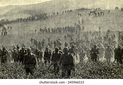 WWI. German infantry advancing during pre-WWI maneuvers. Ca. 1914.