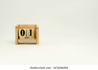01 Juni Hari Lahir Pancasila Wooden Calendar in White Background with Place for Text on Right Side