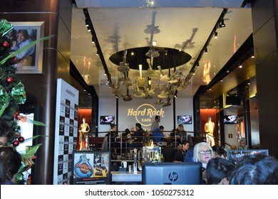 01/05/2017  Hard Rock Café in Barcelona, Spain