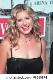 "01AUG99: ""ER"" star KELLIE MARTIN at the 1999 Teen Choice Awards, in Santa Monica.  Paul Smith / Featureflash"