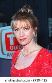 01FEB99:  Actress JANE SEYMOUR at the 1st Annual TV Guide Awards in Los Angeles.  Paul Smith / Featureflash