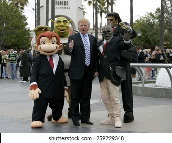 03/10/2006 - Hollywood - Donald Trump kicks off the sixth season casting call search for THE APPRENTICE held at the Universal Studios in Hollywood, California, United States.
