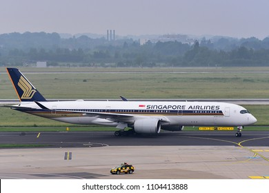 Düsseldorf,GERMANY-JUNE 03,2018: SINGAPORE AIRLINES Airbus A350-900.